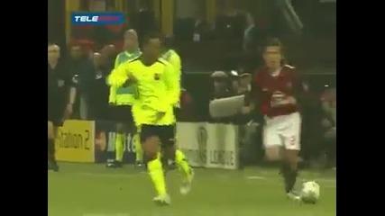 Роналдиньо се гаври с отбора на Милан!