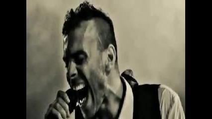 Asaf Avidan - One Day Reckoning Song - ( performance live San Remo 2013)