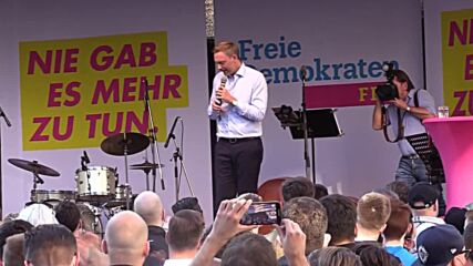 Germany: FDP's Lindner says country is 'left-wing enough' at final campaign rally in Dusseldorf