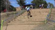 Изкачване на стълби с велосипед