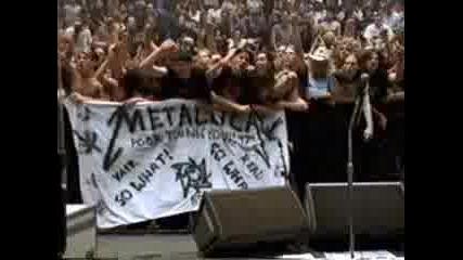 Britney ft Metallica - So Fuckin Crazy