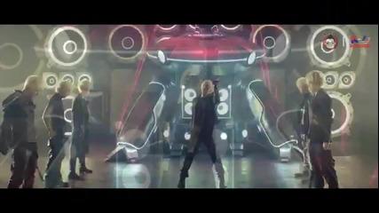 B.a.p Vs. Hyuna ft. Junhyung - Change To Warrior (mashup)