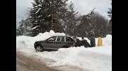 Porsche Cayenne Закъсало В Снега