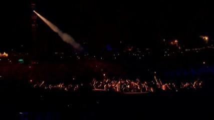 Превод / Linkin Park - Crawling / Italy 2017 /