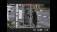 Неприятен и насилствен престой в телефонна кабинка :p
