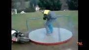 Идиоти на детски площадки