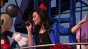 Demi Lovato- A Wonderful Christmas Time ( Disney Parks Christmas Day Parade ) 2009