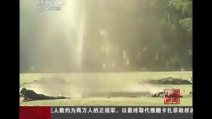 Китайци си подават граната без предпазител :d