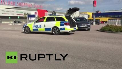 Двама убити и един ранен при нападение с нож в Икеа в шведския град Вастерос