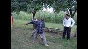 Пияни старчета се боксират - смях