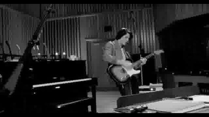 Nick Jonas & The Administration - Rose Garden (recording)(who I am Deluxe Edition)