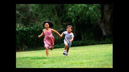 Пеят Скачат Палците - Детска Песничка