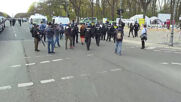 Germany: Police and protesters scuffle at anti-lockdown rally in Berlin
