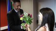 Елица подари цветя на Радо Стойчев и пожела успех