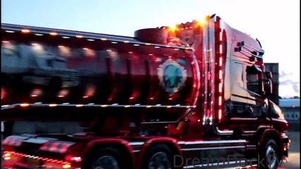 Scania T164 V8 Pouls Bremseservice Nordic Trophy History of Scania Trailer Trucking Festival