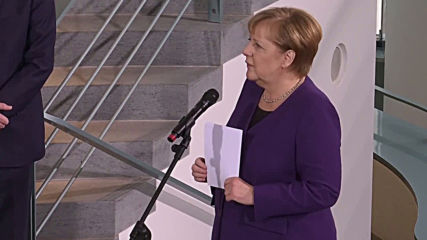 Germany: Merkel pays tribute to army and police families in Berlin