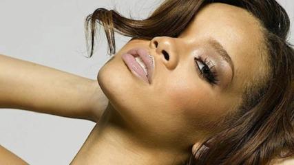 /превод/ Rihanna - Willing to wait ( Music Of The Sun ) 2005