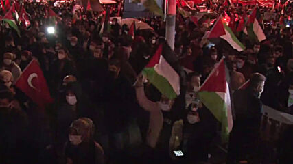 Turkey: Protesters rally in support of Palestinians outside Israeli Consulate in Istanbul