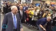 Buffett Donates Record $2.84 Billion to Gates, Family Charities