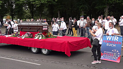 Germany: Showmen protest against coronavirus major events ban in Berlin