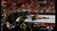 John Cena & Cryme Time Пребиват Охраната