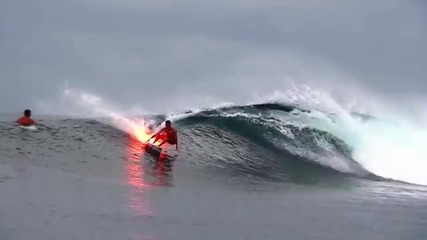 От какво се състои огненото сърфиране?!