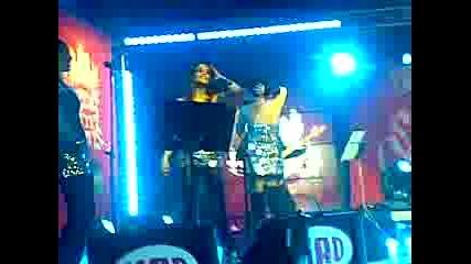 MAD Secret Concert, Galia