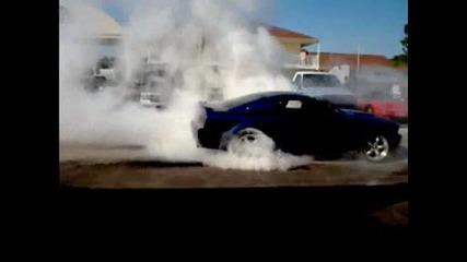 Mustang Gt зверски  Burnout
