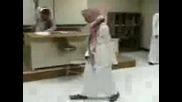 Араби Танцуват.avi