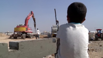 Iraq: Construction of refugee camp underway for civilians fleeing Mosul
