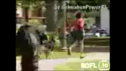 Скрита Камера - Зомби Изкача От Храста
