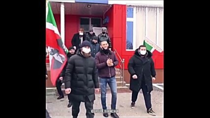 Посрещнаха като герой Хамзат Чимаев в Чечения