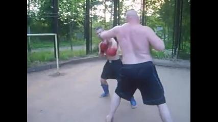 Давид (60 кг) срещу Гулиад (140 кг)