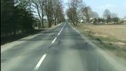Шофиране по полските улици!