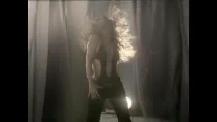 Beyonce_ft._shakira_-_beautiful_