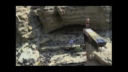 Гари Хънт отново е шампион в Red Bull Cliff Diving