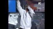 За Първи Път Rihanna ft T.I - Live Your Life На Живо @ MTV VMA Супер Качество