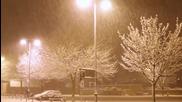 Падал белият сняг.. (лиричен превод) .. Артур Руденко