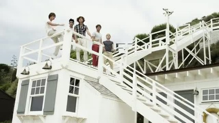 One Direction - What Makes You Beautiful(hd качество)