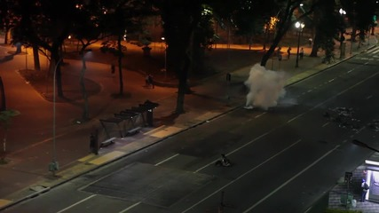 Brazil: Police fire rubber bullets, tear gas on transport fare protesters in Sao Paulo