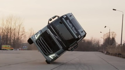 Впечатляващо ! Volvo • two wheel stunt
