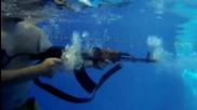 Стрелба с Ак47 под вода