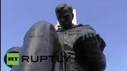 Germany: Vandals desecrate Soviet War Memorial in Berlin's Treptower Park