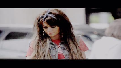 Cher Lloyd || Smile