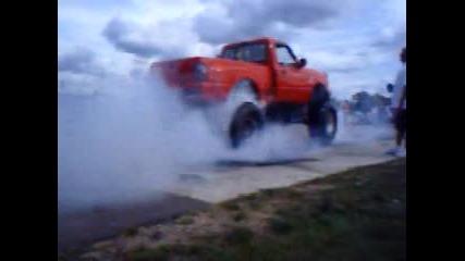 Big Truck Burn out