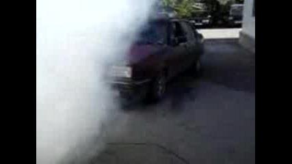 VW JETTA пилене на гуми