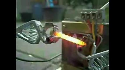 Болт и 200 ампера
