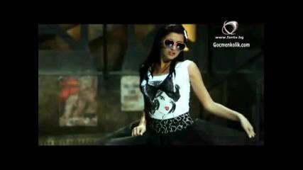 Дебора - Сексапилно (официално видео)