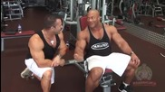 Phil Heath (mr. Olympia) - Incline Dumbbell Curl