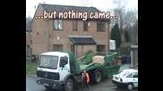 Да Изсипеш Един Камион С Боклук В Двора На Врага Си